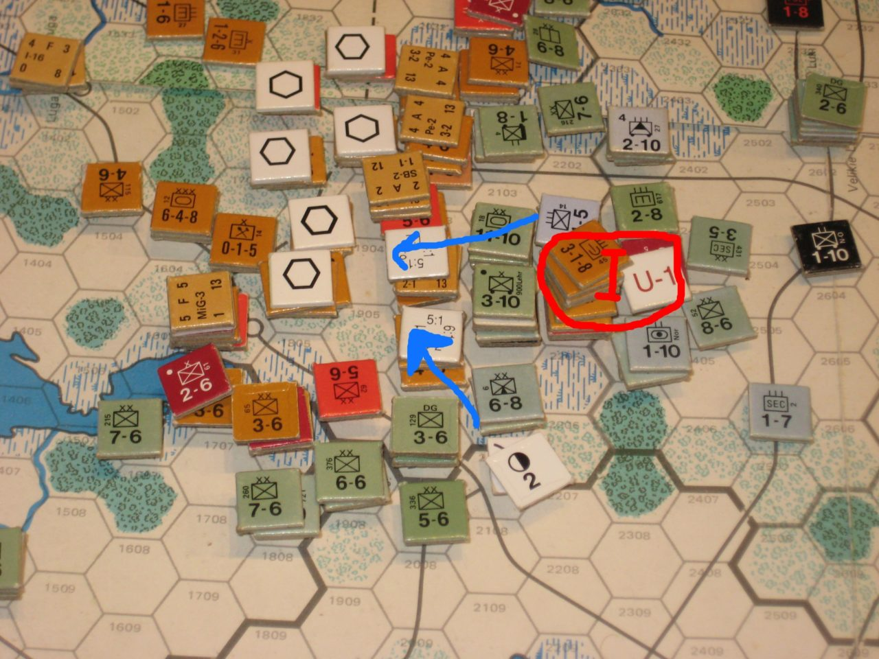 May II '42: The Axis advances south of Leningrad, pocketing isolated Soviet units